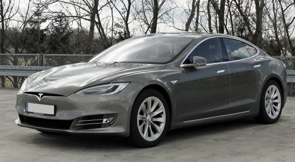 Tesla Model S Facelift ab 04 2016 trimmed 600x329 - Tesla Model S INTERIOR Protection Patterns: All Trim and Screen: Downloadable File