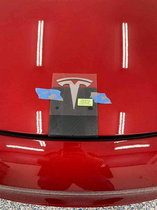 57210656 10219235846385626 5116994744777441280 n 600x800 - Tesla Hood Emblem Template